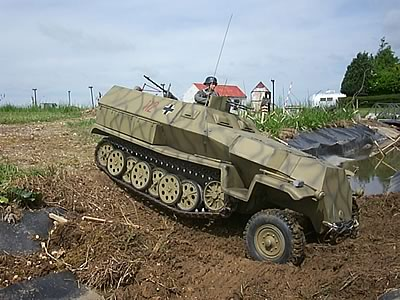 251 German Half Track 1/6th